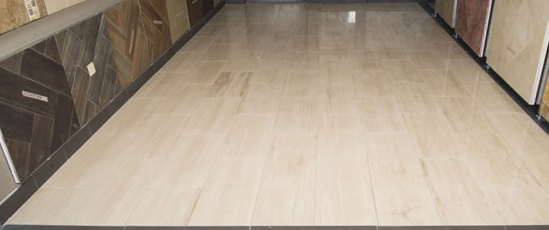 Roman Travertine 12X12 Honed