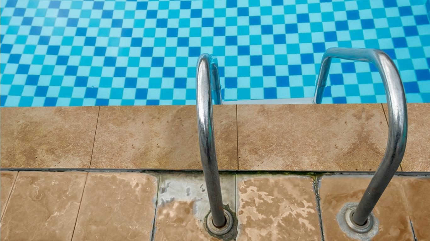 Tuscany Walnut 6x12x1.2 Tumbled One Short Side Bullnose Pool Coping