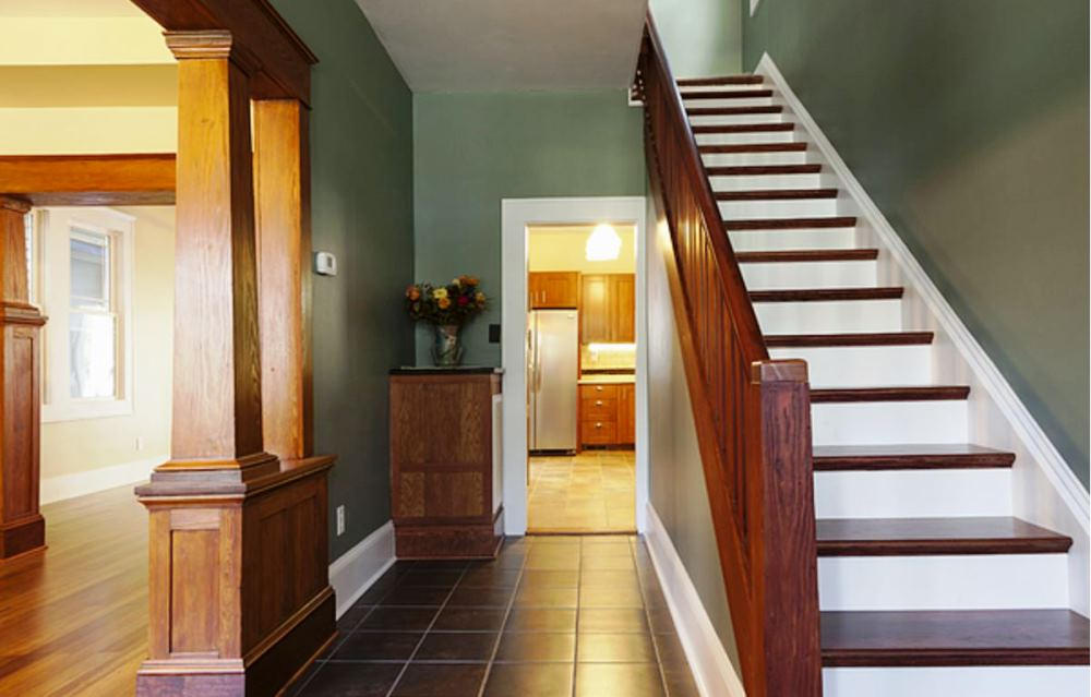 decorating ideas for hallways and stairs