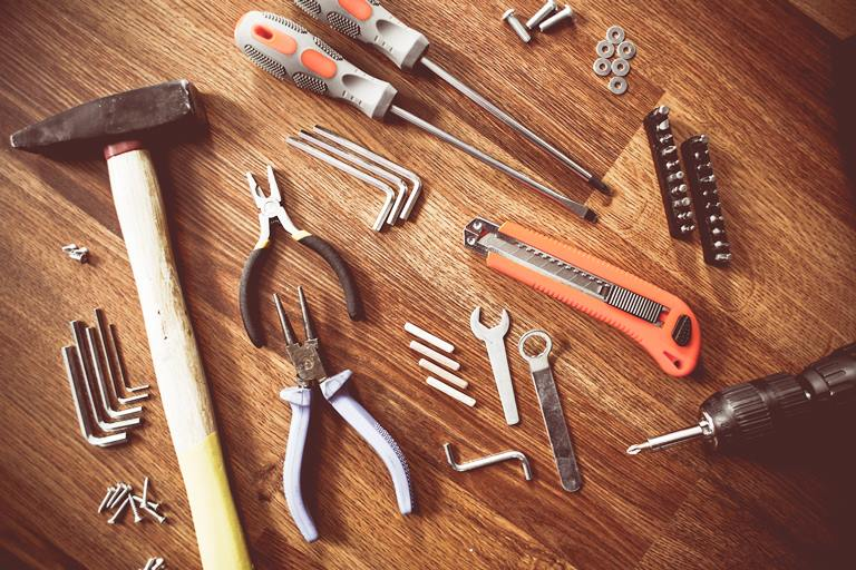 eight basic power tools for upgrade home design