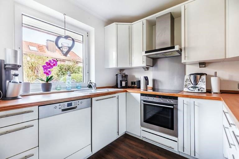few tips to revamp your kitchen