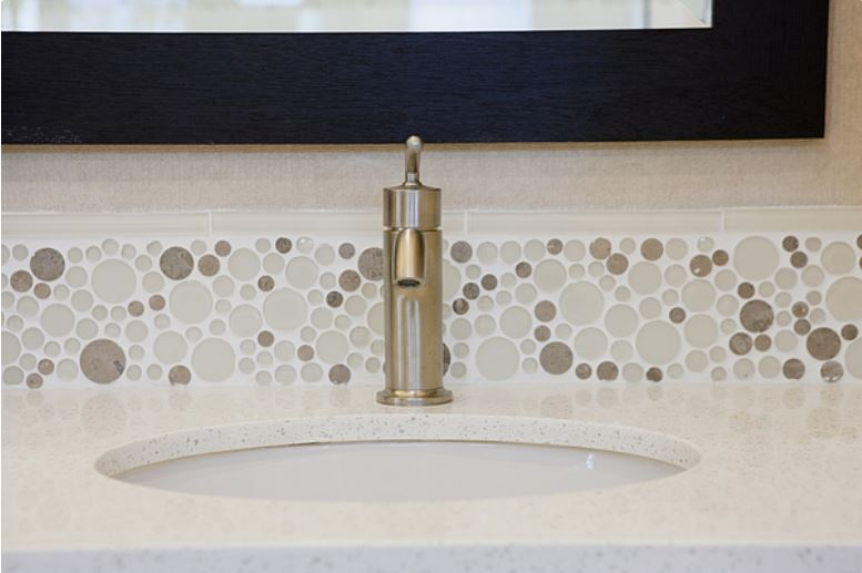 seven tips to finish edges of glass tile backsplash